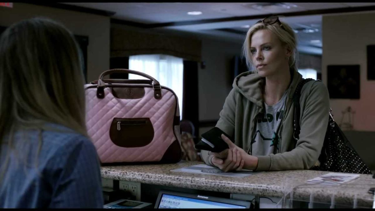 Young Adult, immensa Charlize Theron